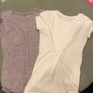 Hollister Must have thin tees (2) Women's size XS